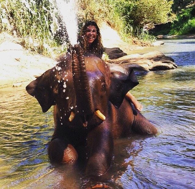 banho_elefantes_tailândia
