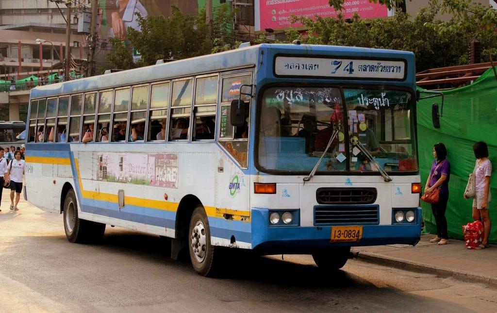 Autocarro para Ayutthaya