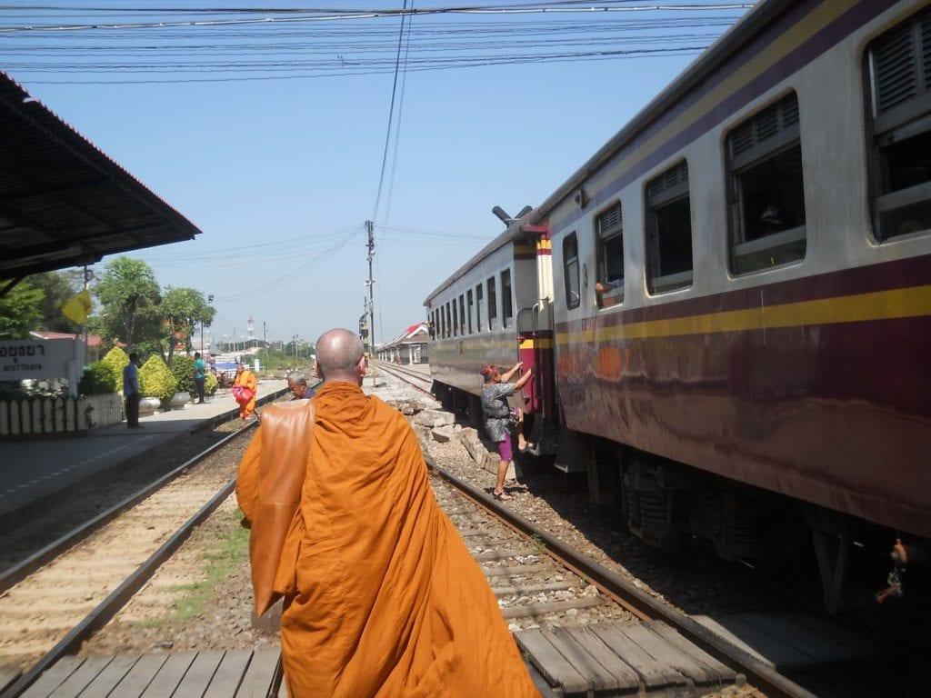 Comboio para Ayutthaya