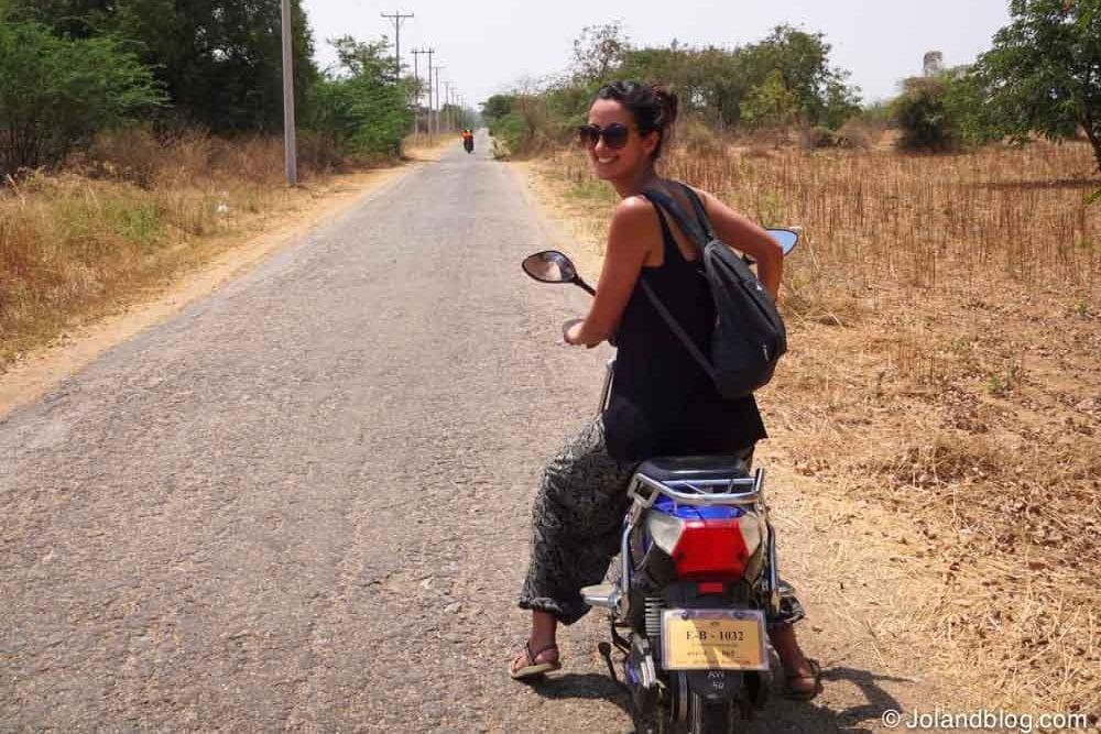 Mota eléctrica em Bagan
