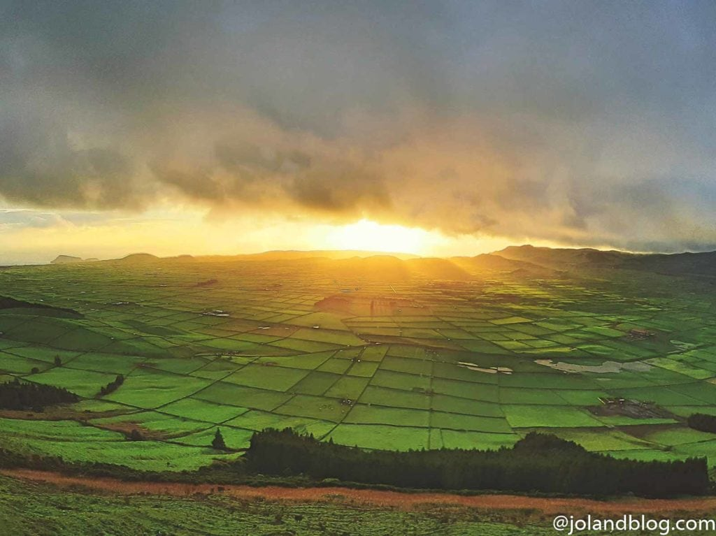 Miradouro da Serra do Cume, Ilha Terceira | Locais a não perder nos Açores