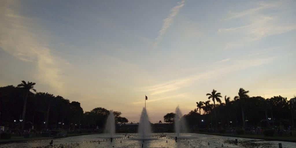 Fonte luminosa no Parque Rizal