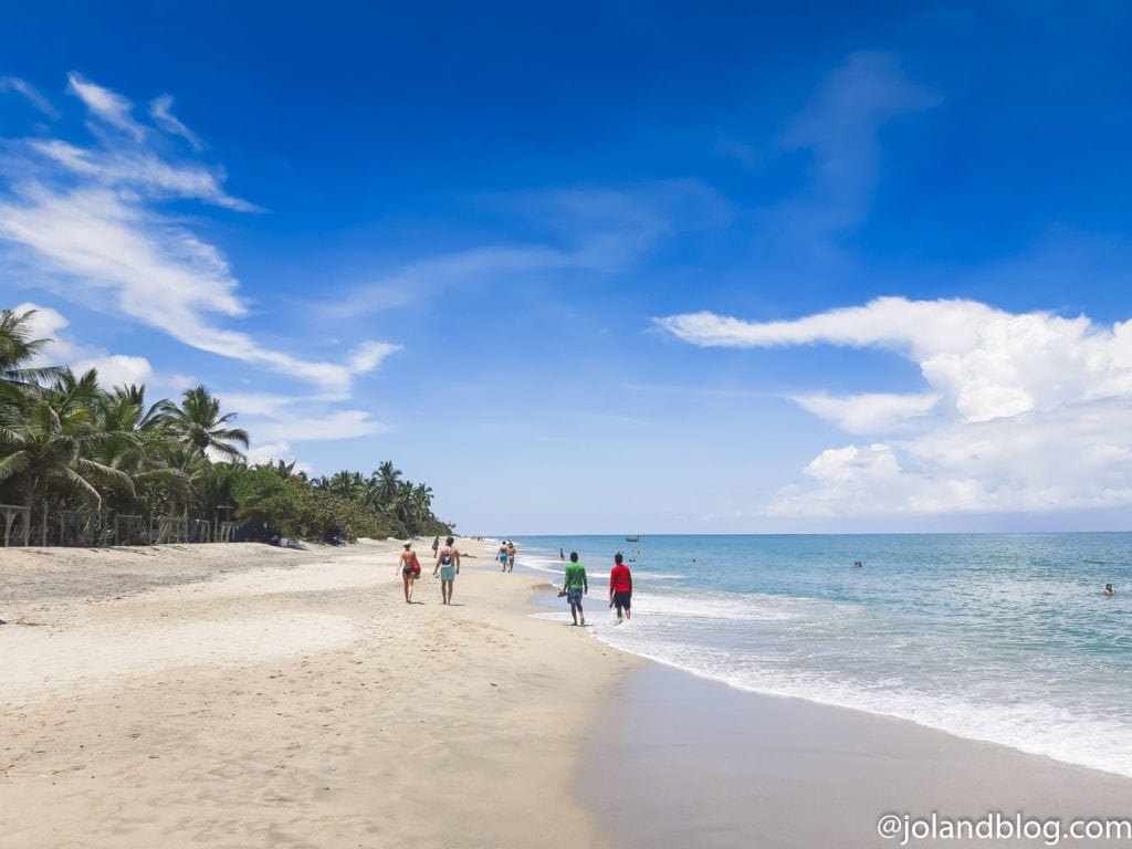 Praia em Palomino na Colômbia
