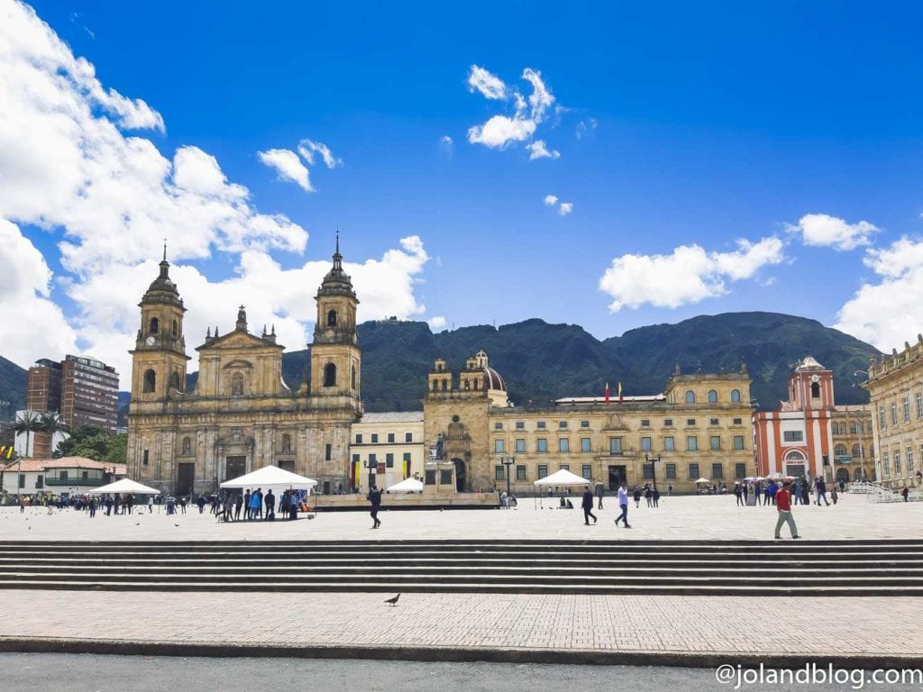 Plaza Simon Bolívar em Bogotá