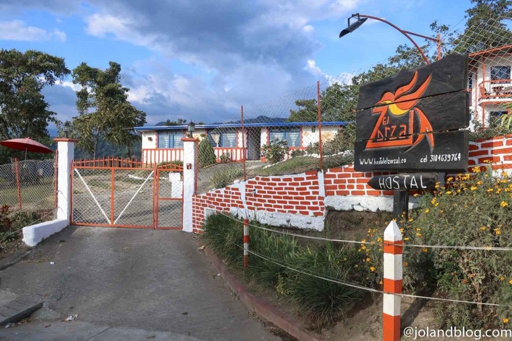 Entrada do Hostal Zorzal em Salento na Colômbia