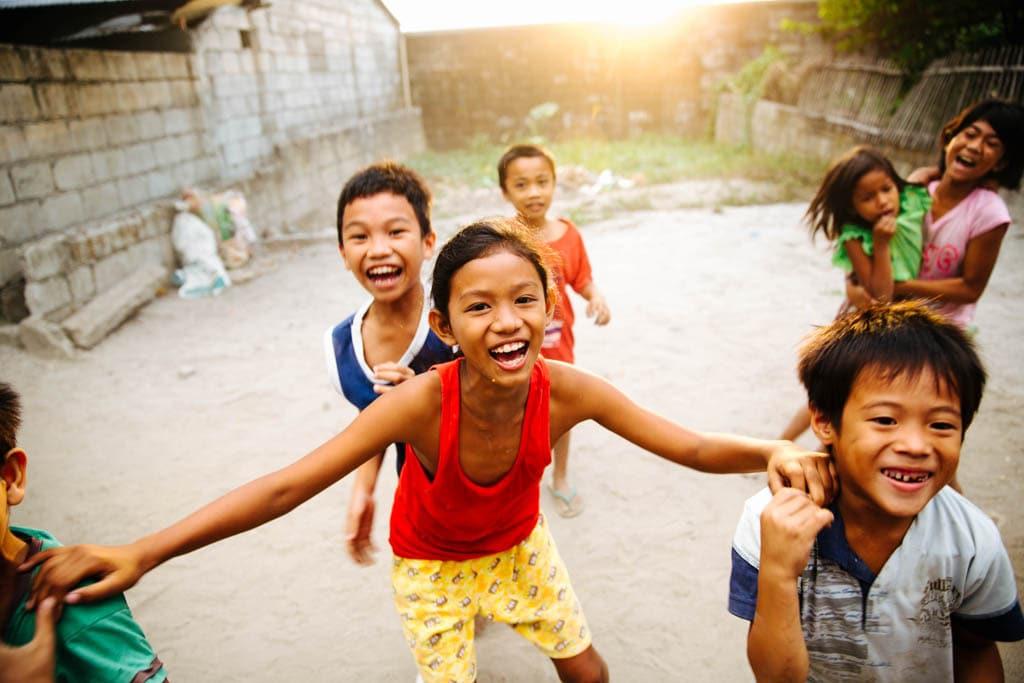 Crianças nas Filipinas