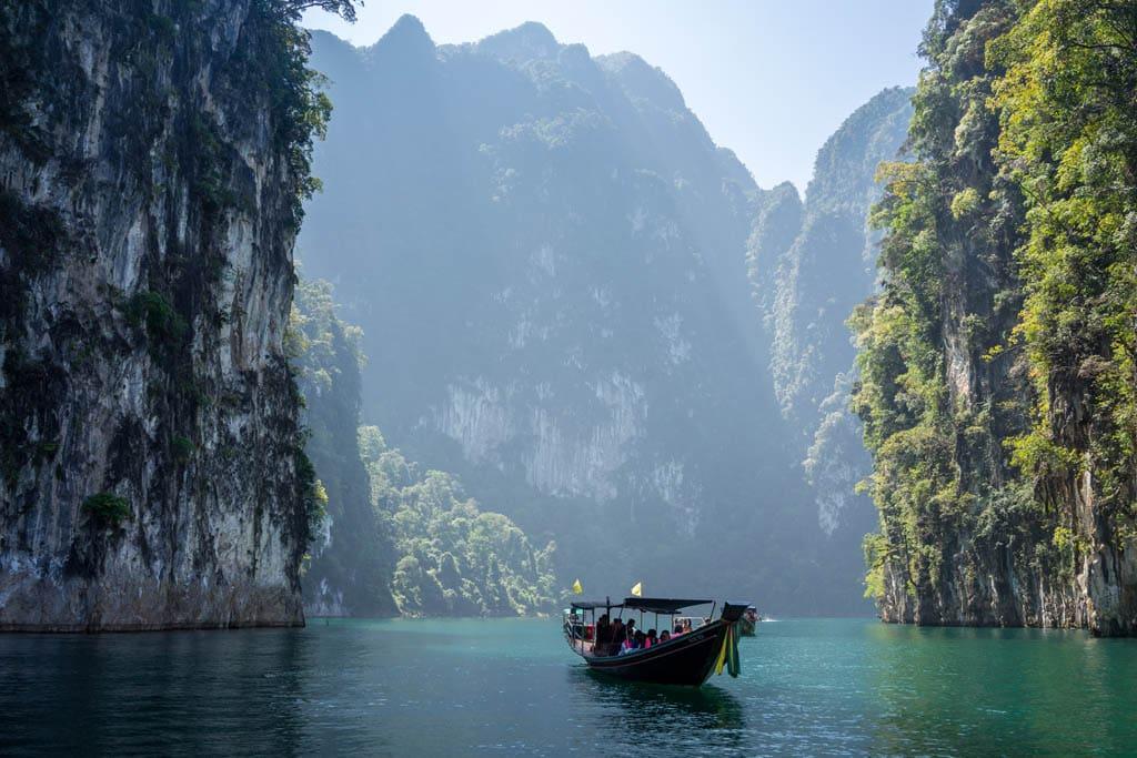 Paisagem na Tailândia, um dos destinos mais seguros para viajar sozinha