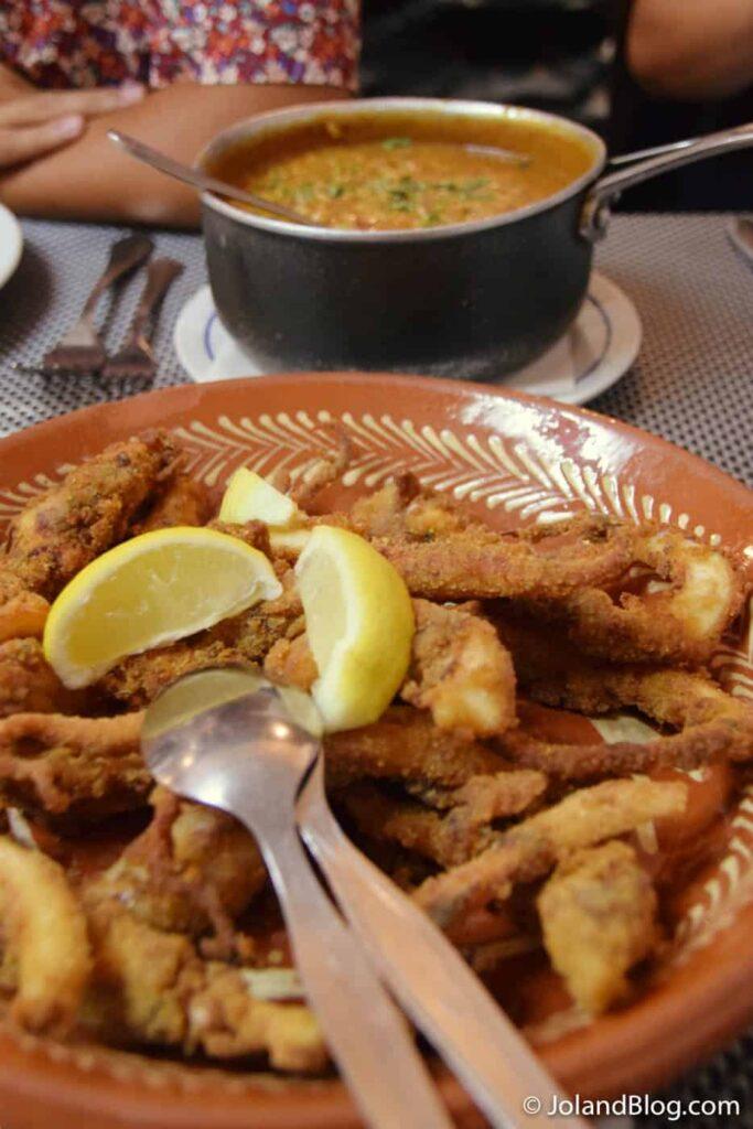 Filetes de Polvo com Arroz de Feijão no Restaurante Santa Isabel