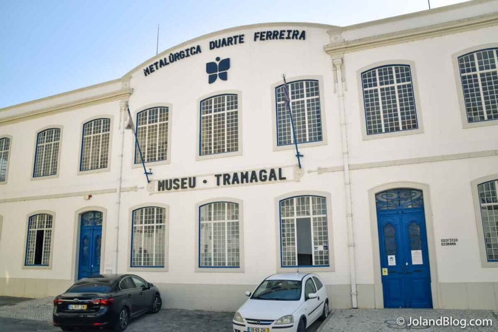Fachada do Museu Metalúrgica Duarte Ferreira no Tramagal