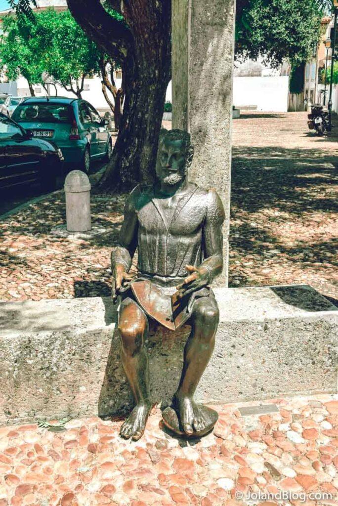 Estátua Luis de Camões em Constância