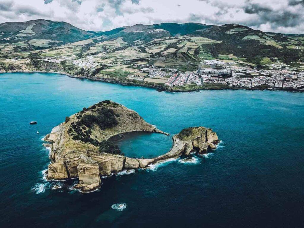 Ilhéu Vila Franca, São Miguel | Locais a não perder nos Açores