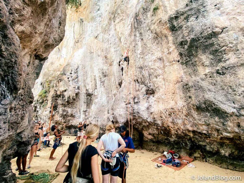Escalada em Railay Beach - Roteiro de Viagem pelo Sul da Tailândia