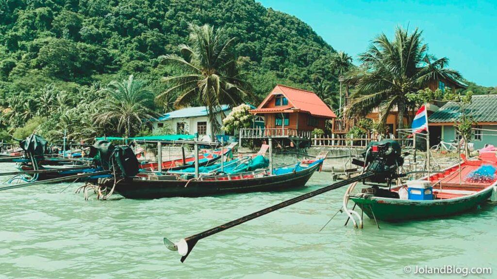 Passeio de barco em Surat Thani