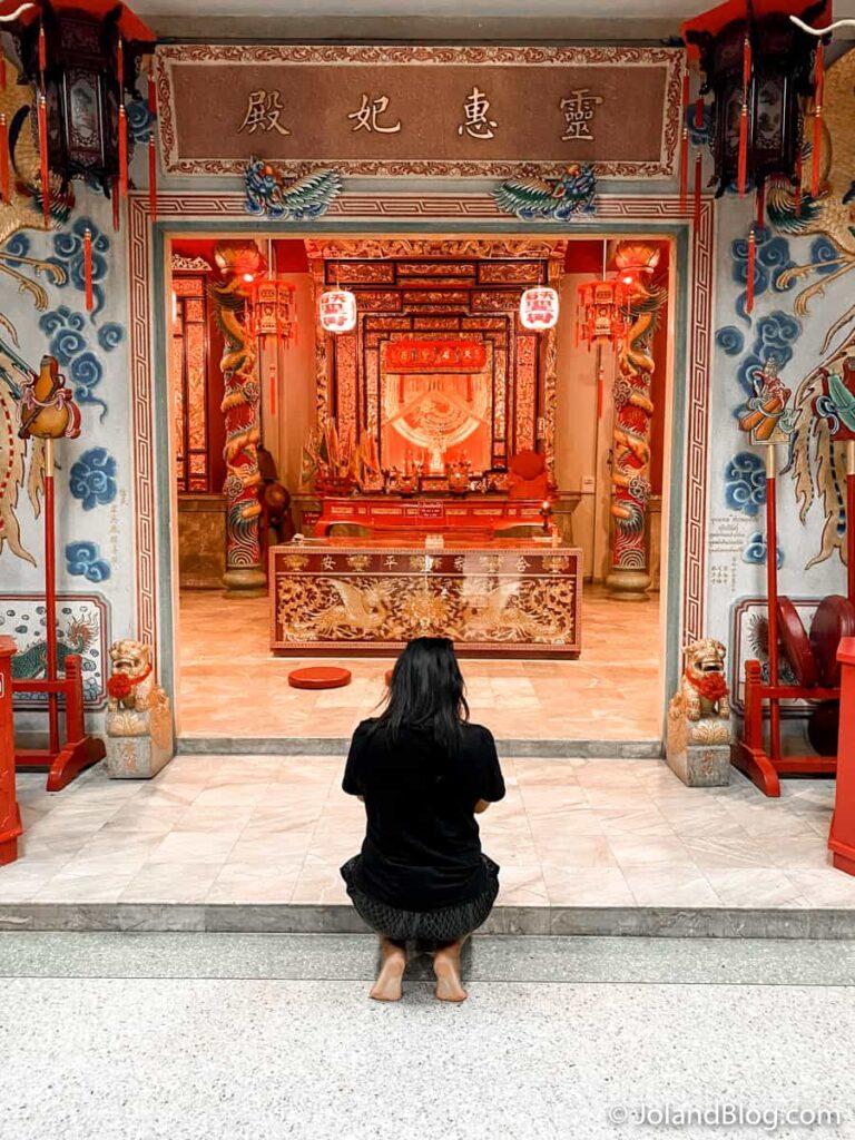 Templo chinês em Surat Thani