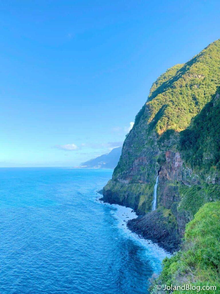Cascata do Véu da Noiva | O que ver e fazer na Ilha da Madeira >> Véu da Noiva Waterfall | What to do in Madeira Island