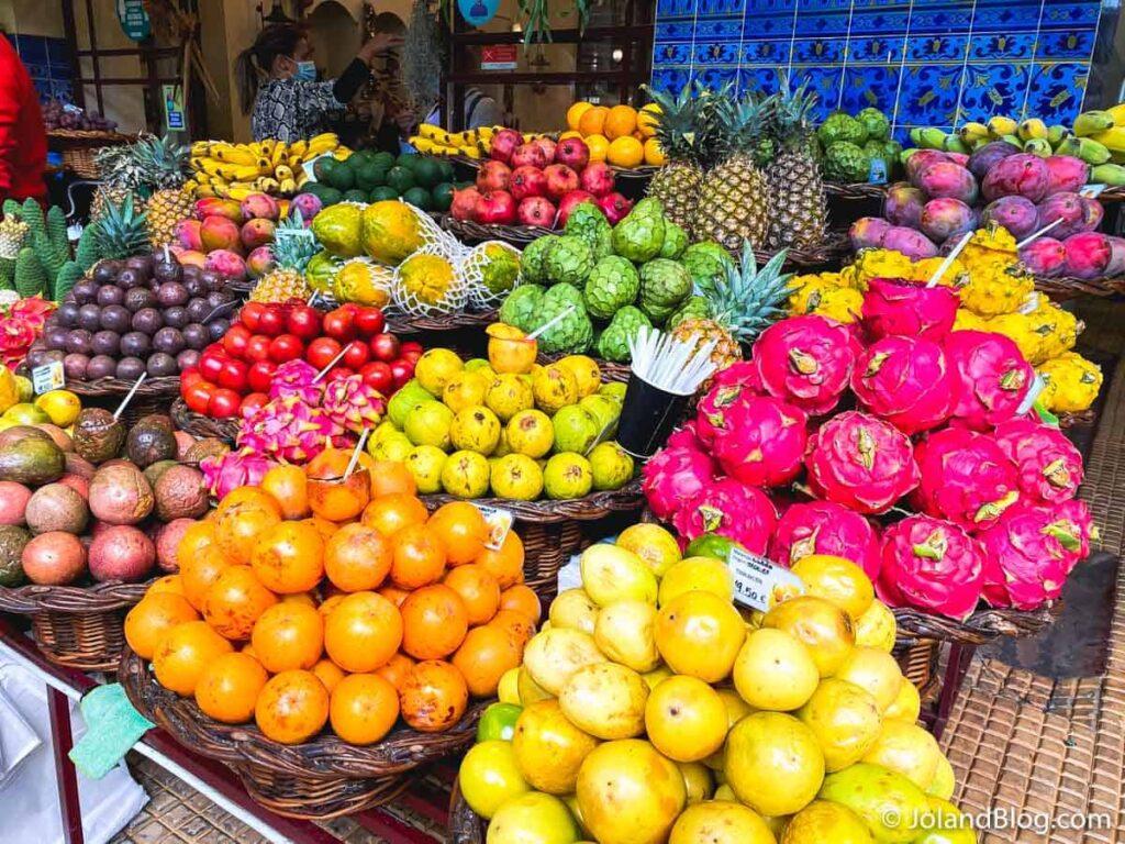 Frutas no Mercado dos Lavradores | O que ver e fazer na Ilha da Madeira