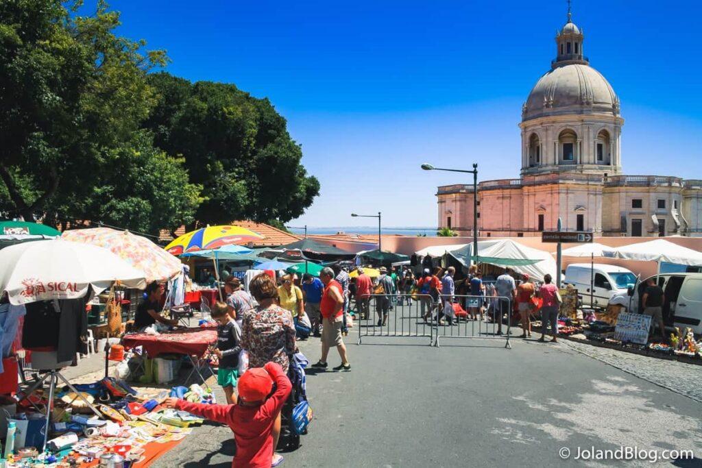 Feira da Ladra | Places to Visit in Lisbon
